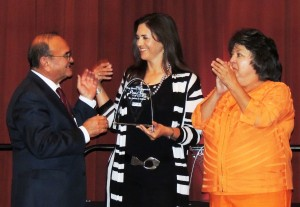 New Mexico State University College of Engineering Associate Dean Patricia Sullivan received the New Mexico Distinguished Public Service Award from awards chairman and New Mexico Tech President Dan Lopez and New Mexico Secretary of State Dianna Duran. (Photo by Linda Fresques) DEC14